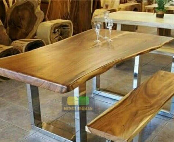 Meja makan minimalis kerangka stainless