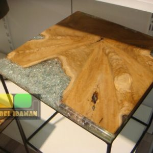 Meja Teh Unik Resin Kayu Natural