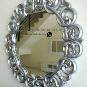 Figura Cermin Ukir Silver