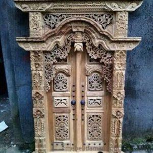 Pintu Jendela Rumah Ukir Gebyok